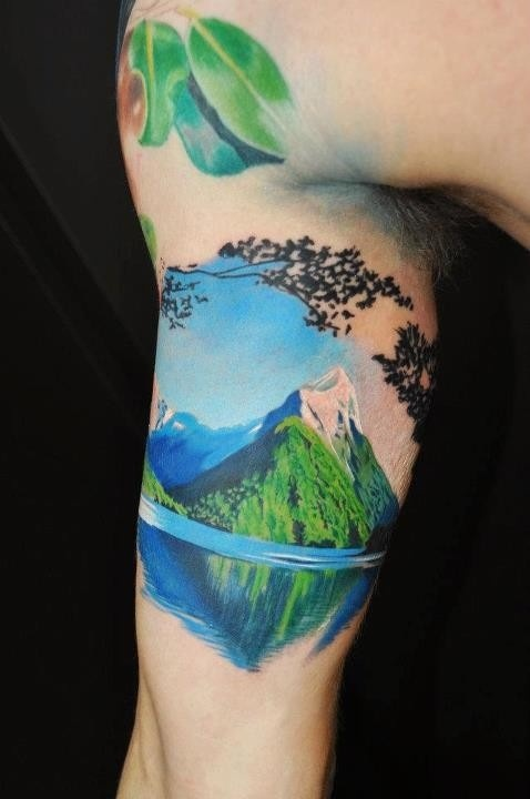 大臂上的富士山